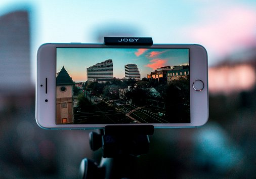 2 Ways to Flip a Video on iPhone