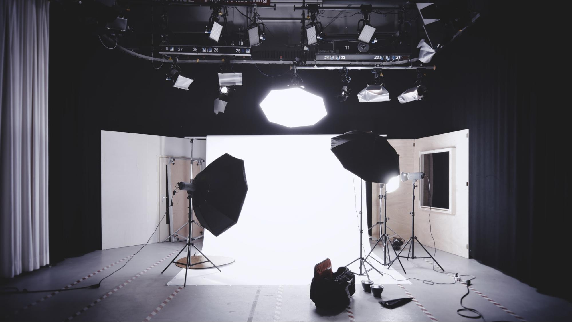 Professional light reflecting equipment in a studio