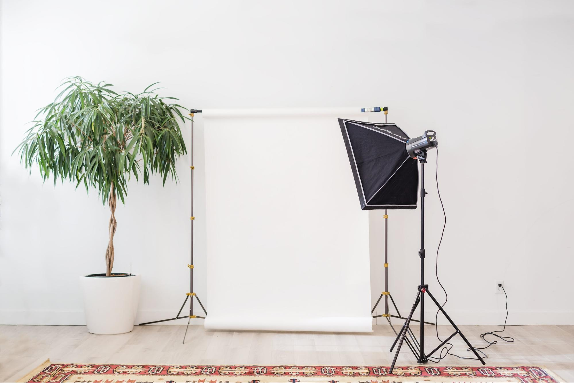 Film lighting equipment pointed to the wall